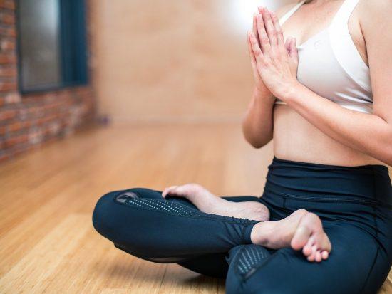 5 tips voor dagelijkse yoga in huis