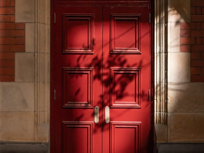 Landelijke binnendeuren toevoegen in huis